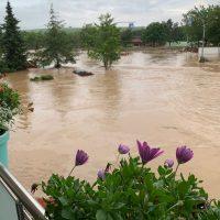 Bad Neuenahr-Bachem am 14.07.2021, das EG ist schon überflutet